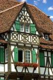 Oud traditioneel Frans huis. El'zas, Frankrijk Stock Afbeeldingen