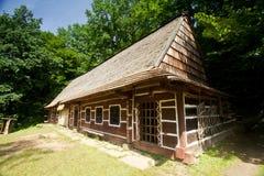 Oud traditioneel huis Stock Foto