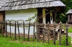 Oud traditioneel huis Stock Afbeeldingen