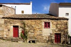 Oud traditioneel huis in het historische dorp van Idanha een Velha in Portugal Stock Foto