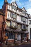Oud Tudor House, Exe-Eiland, 6 Tudor Street, Exeter, Devon, het Verenigd Koninkrijk, 28 December, 2017 royalty-vrije stock afbeelding