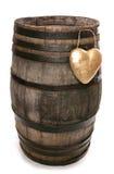 Oud uitstekend eiken wijnvat met hart stock foto