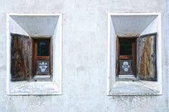 Oud uniek venster zwitserland Stock Afbeelding