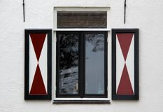 Oud venster royalty-vrije stock fotografie
