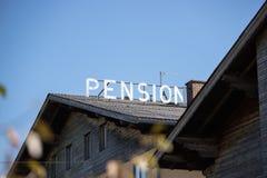 Oud verlaten hotel in Oostenrijk/Duitsland royalty-vrije stock fotografie