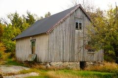 Oud verlaten landbouwbedrijfhuis, Noorwegen Royalty-vrije Stock Fotografie