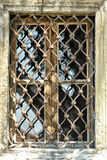 Oud verlaten venster Royalty-vrije Stock Fotografie