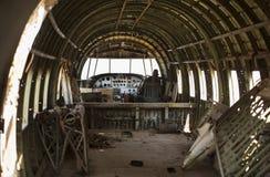 Oud Verpletterd Oorlogsvliegtuig Royalty-vrije Stock Afbeeldingen