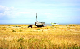 Oud vissersboten lydd-op-Overzees strand Engeland Royalty-vrije Stock Foto