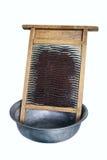 Oud wasraad en aluminiumbassin Stock Foto's