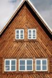 Oud weekendhuis - plattelandshuisje royalty-vrije stock foto's