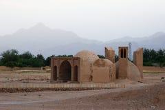 Oud zandig huis in in traditionele stijl van Iran stock fotografie