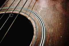 Oude akoestische gitaar Stock Foto