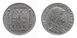 Oude Albanese die Lek met Vittorio Emanuele III Koning over wit wordt geïsoleerd Royalty-vrije Stock Foto