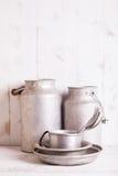 Oude aluminiumwerktuigen Royalty-vrije Stock Foto's