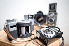 Oude analoge fotografische camera's royalty-vrije stock foto's
