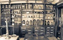 Oude apotheek Stock Afbeelding