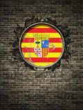 Oude Aragon vlag in bakstenen muur Royalty-vrije Stock Foto