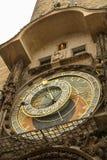 Oude astronomische die klok als Orloj wordt bekend stock foto's
