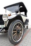 Oude auto. Royalty-vrije Stock Foto's