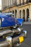 Oude auto in Havana, Cuba Royalty-vrije Stock Afbeeldingen