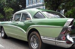 Oude auto in Havana, Cuba Stock Afbeelding