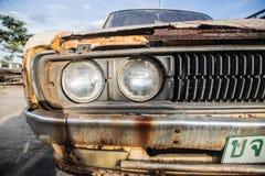 Oude auto's voor schroot. Royalty-vrije Stock Foto's