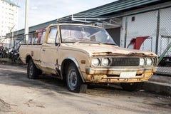 Oude auto's voor schroot. Stock Foto's