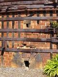 Oude baksteen en metaaloven Royalty-vrije Stock Afbeelding