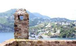 Oude Baksteen en Steen in Ischia, Italië stock foto's