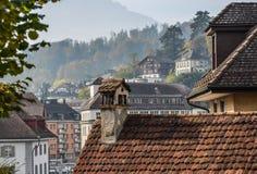 Oude baksteenhuizen bij historische gemeente royalty-vrije stock afbeelding