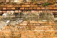 Oude bakstenen muur in de tempel van Thailand Stock Foto's