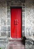 Oude Balinese houten deur Royalty-vrije Stock Afbeeldingen