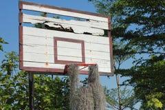 Oude basketbalhoepel Stock Afbeelding