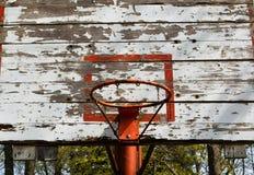 Oude basketbalrugplank Royalty-vrije Stock Foto's