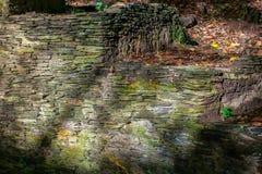 Oude behandelde muur van vorm Stock Foto's
