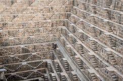 Oude beroemde Stepwell van Chand Baori, India royalty-vrije stock afbeelding
