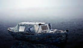 Oude bevroren boot Stock Foto's