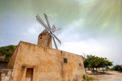 Oude Bewaarde Windmolen in Majorca, Spanje Royalty-vrije Stock Fotografie
