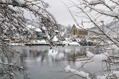 Oude Beyenburg in de sneeuw, Wuppertal royalty-vrije stock foto