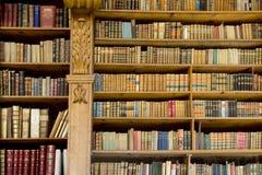 Oude bibliotheek royalty-vrije stock foto's