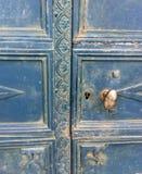 Oude blauwe deur Stock Fotografie