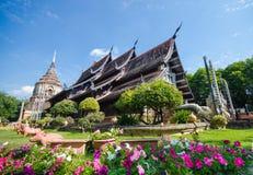 Oude boeddhistische tempel bij het Noorden van Thailand. Royalty-vrije Stock Foto