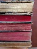 Oude boeken bij zolder royalty-vrije stock foto's