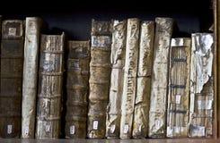 Oude Boeken in de Ricoleta-Bibliotheek in Arequipa, Peru Stock Foto