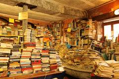 oude boekhandel in Venetië Royalty-vrije Stock Afbeeldingen