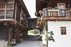 Oude boerderij in Obertilliach, Oostenrijk Stock Fotografie
