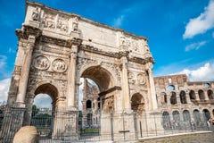Oude boog in Rome royalty-vrije stock afbeelding