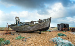 Oude Boot en Visserijhut Royalty-vrije Stock Foto