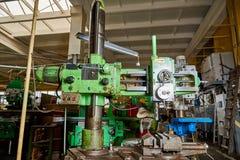 Oude boringsmachine stock afbeeldingen